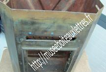 restauration des anciennes boites aux lettres ptt. / restauration des anciennes boites aux lettres ptt du musée de la boite aux lettres, du facteur et du courrier. http://museeboiteauxlettres.fr