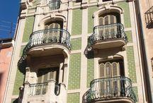 Modernismo en Alcoy - Modernisme en Alcoi / Aqui podrás encontrar un sin fin de contenido explicativo sobre todo el #Modernismo del que #Alcoy disfruta en su entrono http://www.alcoyturismo.com