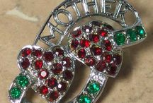 Heart jewellery with love and cherish / Plenty of heart jewellery pieces to love and cherish. An emblem and token of love for centuries and foerever.