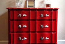 Chalk Paint® in Emperor's Silk red / Emperors silk is a stunning rich red which simply looks gorges. This color looks very good on many surfaces, as well as, adding an element of sophistication to the piece.  This is a bright pure red like the red silk lining of a jacket. We love it used as a interior of a cupboard or drawer. It is named after the red of China but best of all, we love one piece in a room painted with this stunning colour maybe deepened with some dark wax in places.