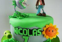 Plants vs Zombies cakes