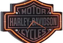 Harley-Davidson / by Bettys Attic
