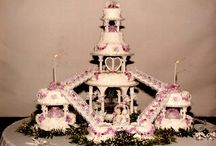 dvanácti patrový svatební dort