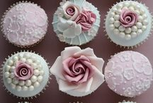 Cakes and Cupcakes / by Dianne Calleja