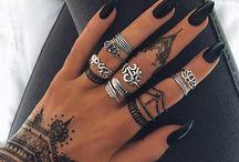 Nails/Henna/Rings
