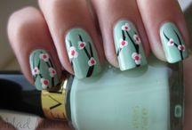 Pretty Nails / by Brenda Lulu Birdwell
