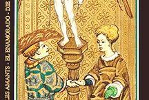 Tarot de Marseille / Plongez vous dans l'univers du tarot de Marseille avec Avenir Facile et découvrez les 22 arcanes majeurs et leur signification. Une approche à la fois ludique et pédagogique du tarot divinatoire pour que chacun puisse consulter son avenir selon les techniques traditionnelles du tarot.