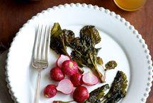 Food - Yum / by Melanie Wegner