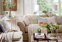 LilyPad - Family Room