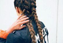 Hair & makeup / Loves for curly, long hair  Makeup goals