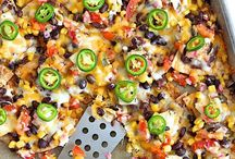 Nachos & Party Snacks / Nachos and snack recipes for your next party.