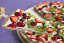 Dessert Pizza / by Ellen Ross