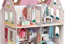 Because I've ALWAYS Wanted a Doll House  :) / by Hayley Tiberghein