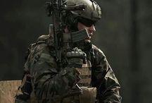 hombres de guerra