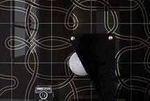 Ceramica Bardelli / Ceramica Bardelli è riconosciuta nel mondo per lo stile, la qualità dei materiali, la vivacità delle linee e l'armonia dei colori vivaci, ma mai invadenti. Bardelli è sinonimo di ceramica d'Autore e nei suoi cinquanta anni(e più) di storia ha raccolto e accolto grandi designer di fama internazionale: Giò Ponti, Piero Fornasetti, Tord Boontje, Ruben Toledo, Nigel Coates e tanti altri che, nel tempo, hanno firmato le collezioni.