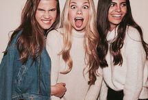 Friends ⚪