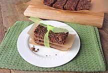 Granola bars and healthy kid snacks