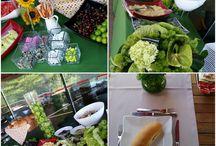 Zekeriyaköy tanıtım ofisinde hot-dog keyfi / Zekeriyaköy tanıtım ofisinde hot-dog keyfi