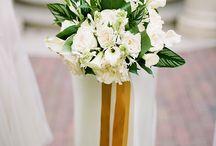 Mariage sur la plage en vert, blanc et or / A green and gold beach wedding