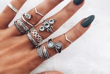 Thumb rings