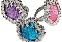 Princess Theme / Throw a princess party for your little princess! Check out our great selection of tiaras, coloring books, wands, pens, jewelry and more!