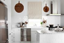Kitchens / by Susan Healy