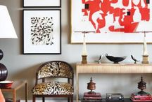 Displaying Art, Mirrors and Accessories / by Leslee Walser