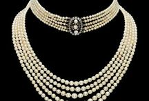 Online Jewels Singapore / Different collection of ornaments through online from fashion jewellery Myers Singapore.