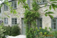 Windows / Range of many RAL colour options of double glazing windows in UPVC and aluminium windows. Manufactured and installed in Wiltshire, Bristol, Bath, Swindon and surrounding areas.
