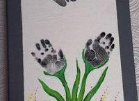 peinture avec les pieds et les mains