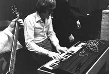 Ray Manzarek & Jim Morrison (The Doors) ...