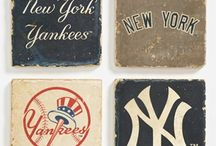 Sports Fan Fanatics, Home Edition / *Insert your favorite sports team here. Show your team support with these home decor items!