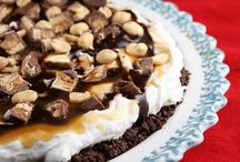 Desserts! / by Jessica Radzik