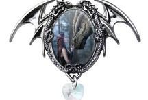 Enchanted Cameos by Anne Stokes / Welcome to the beauty and splendour of Enchanted Cameos by renowned fantasy artist Anne Stokes.