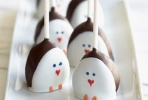 Cake Pops / by Laura Skinner-Pardue