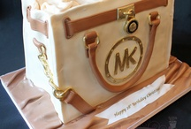 Michael cores cake bag