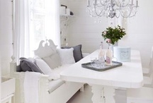 Dining rooms / by Monica Brito Fitness