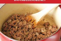 Recipes to Try / by Rebecca Breinholt