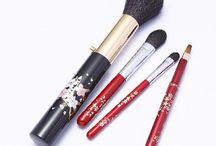 Brushes sold at Shinkansen