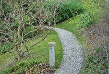 Cestou necestou /// Catchy paths