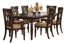 Dining Room / Entertaining your friends and family has never looked this good!