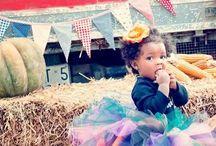 Halloween / Halloween: Boys, Girls, Babies, Children, Childhood, Animals, Family, Parents, Motherhood, Maternity, Fatherhood, Paternity, Pregnancy, Love