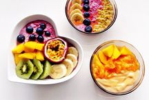 smoothie bowls and juices
