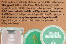 """Cassata / Cassata Pasta frolla aromatizzata al vin cotto, prodotto dall'azienda """"Il faggio""""di Giffoni Valle Piana. Nella farcitura, in parti uguali, fuscella di latte di mucca dell'Appennino campano del Consorzio Latte Nobile dell'Appennino Campano (LaNAC) e ricotta di pecora di Bagnoli Irpino (Av), prodotta dalla Cooperativa agricola pecorino bagnolese ARL. E per finire, gocce di cioccolato extra e appena un po' di liquore Strega. Per info 081 19935072Mobile: 347 8543575 info@scaramure.it"""