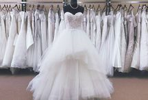 Luz Bridal Boutique / Luz Bridal Boutique has been serving Victoria since 1999. We carry an extraordinary selection of Wedding gowns, for the elegant and sophisticated look. We also carry Bridesmaid, Prom and evening wear.  We are agents for Derks Formals, we rent tuxes for weddings, grads and all special occasions.