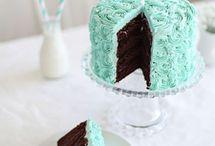 Cakes an cupcakes!
