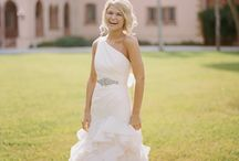 Invisalign Wedding / You can wear a perfect smile on your wedding day with Invisalign.