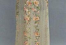 Antieke kleding / oude jurken