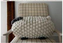 Bobble sheep pillow