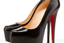 shoes / by Olga Molina